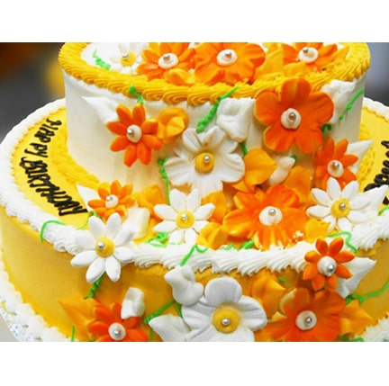 CC32 Floral Tiered Cake-min